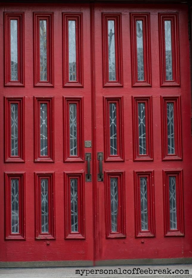 Day134_Red doors