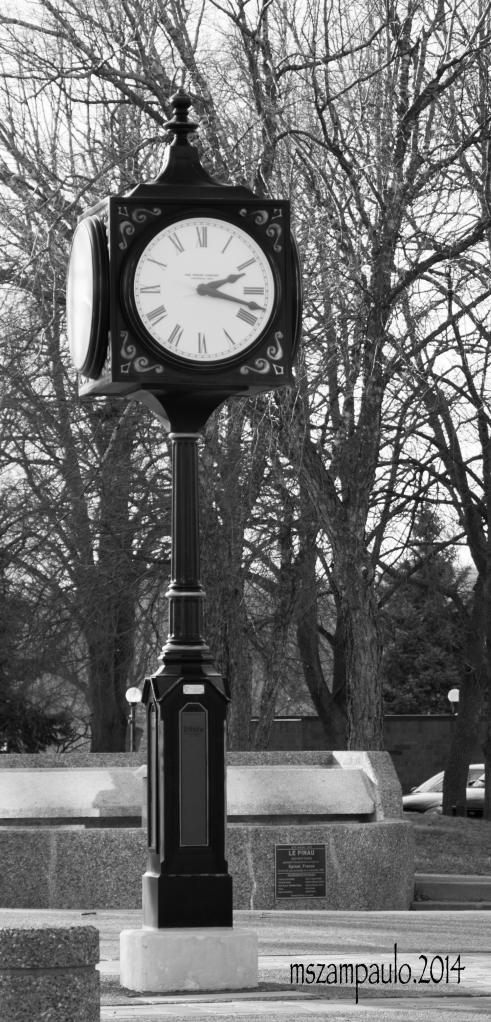 Day164_Clock