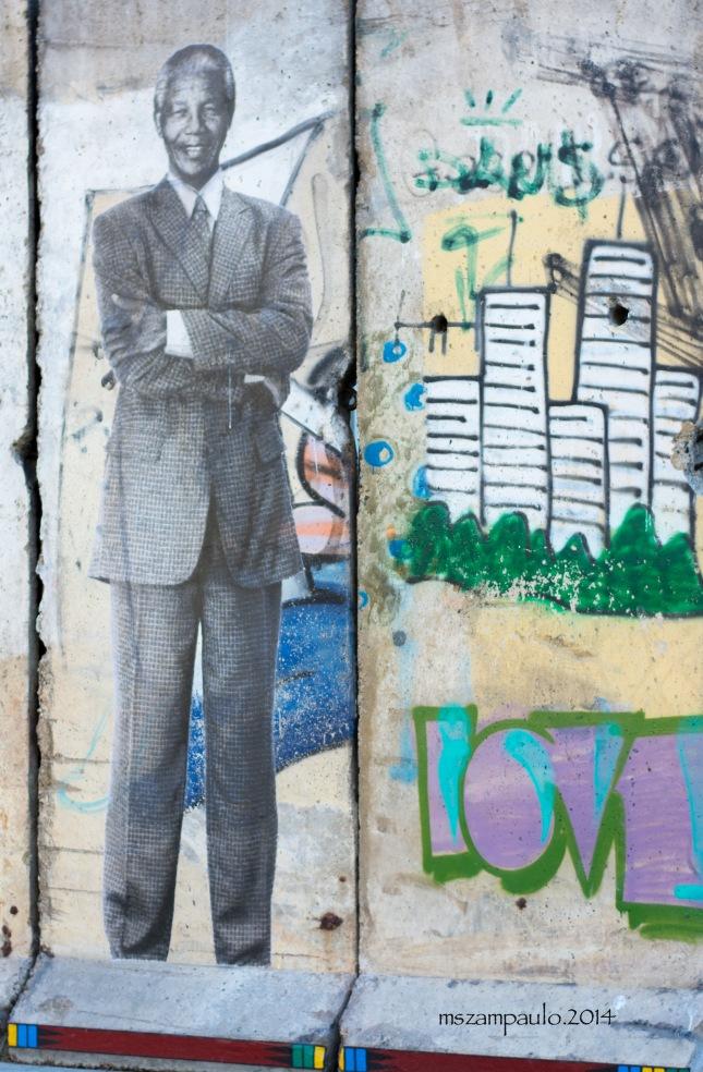Day337_Mandela on Berlin wall